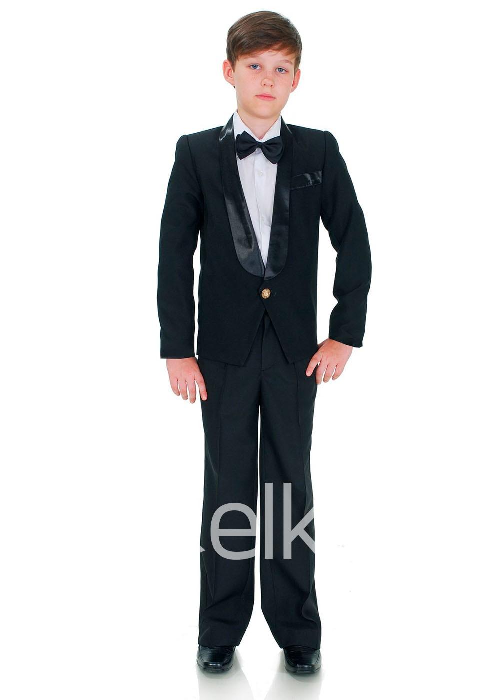 Классический черный костюм смокинг