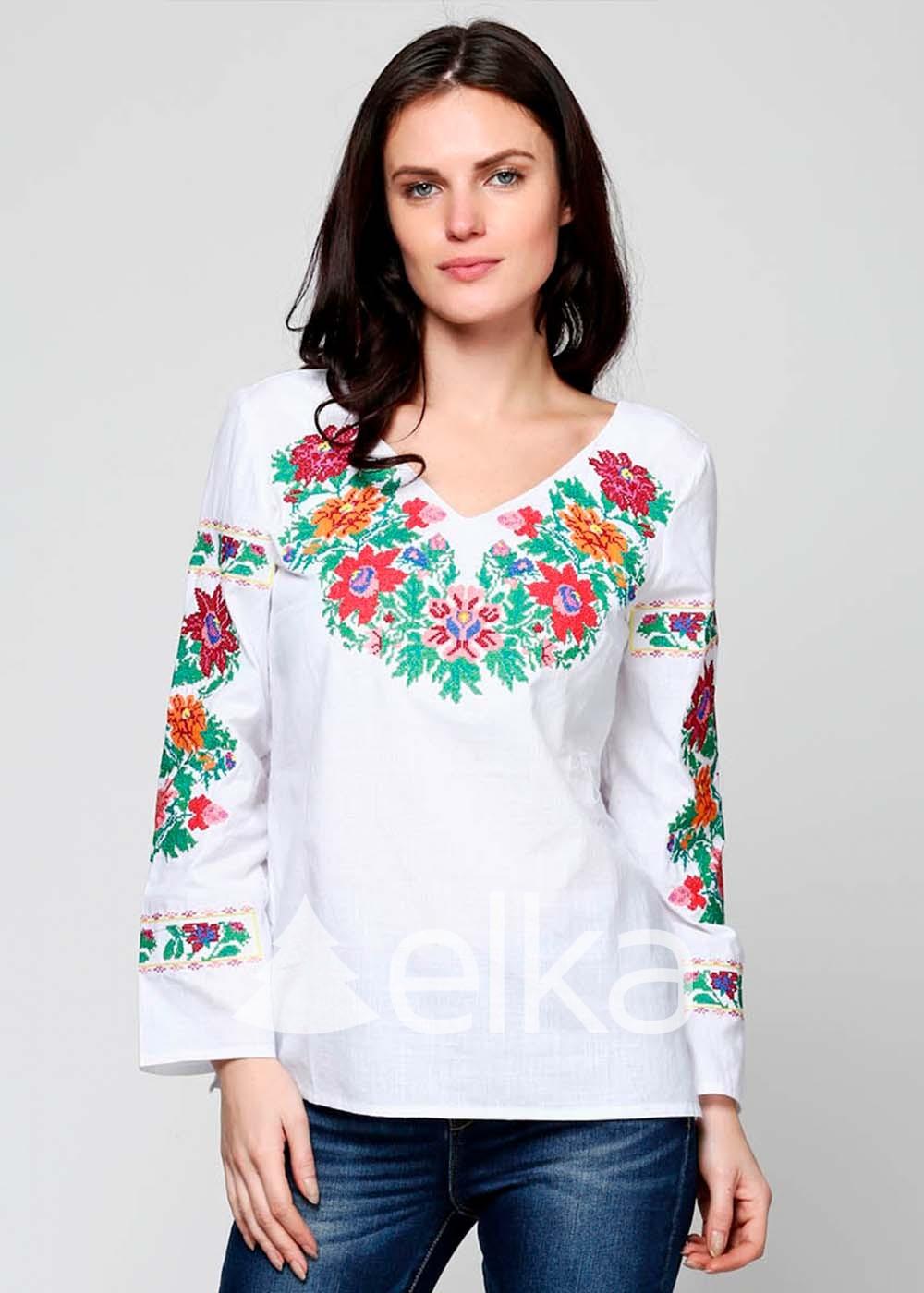 Вышиванка женская белая Цветочный венок