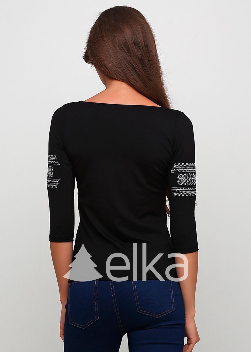 Вышиванка женская черная классическая вышивка