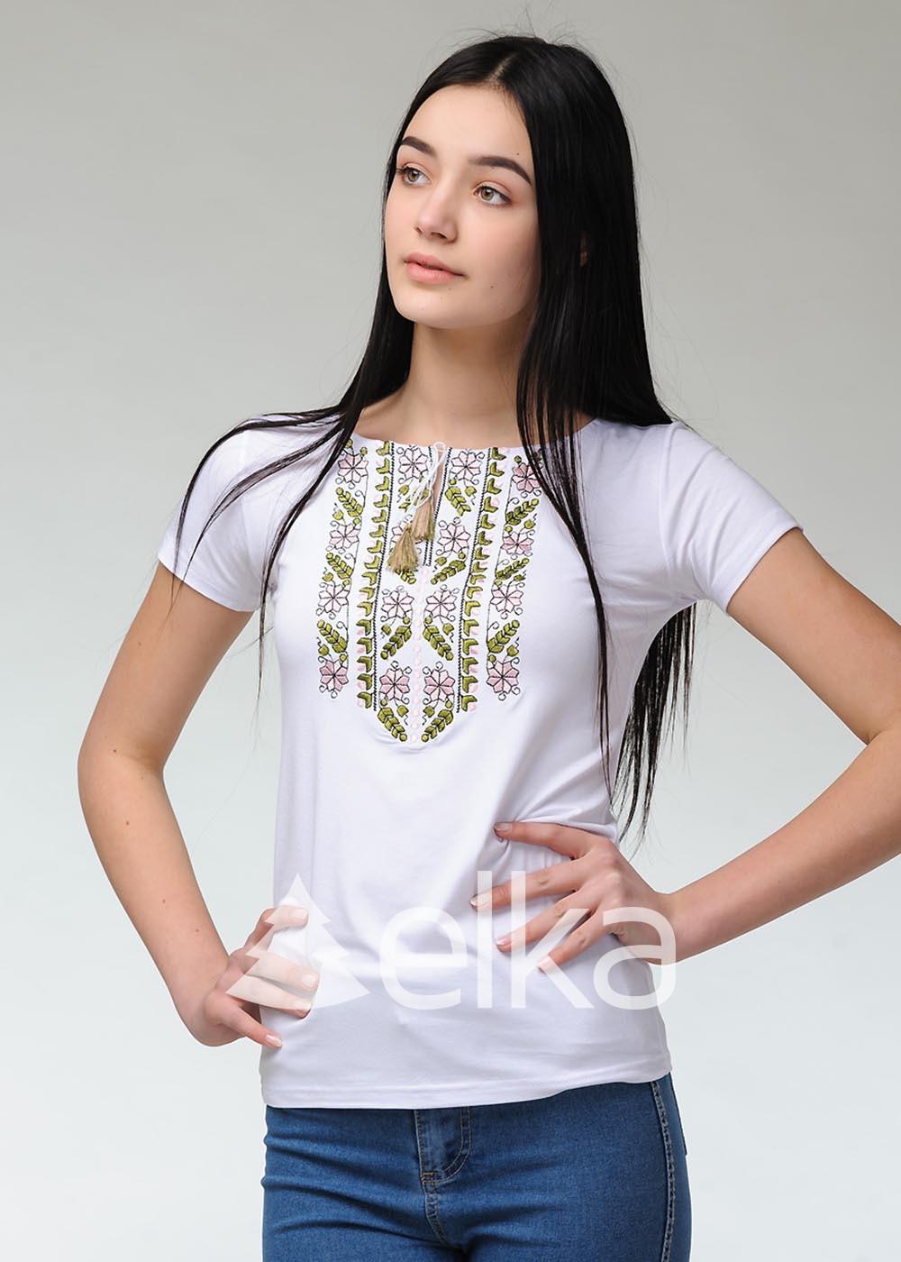 Вышитая футболка Карпатская