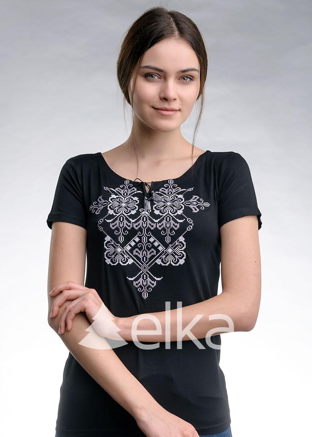Вышитая футболка Элегия