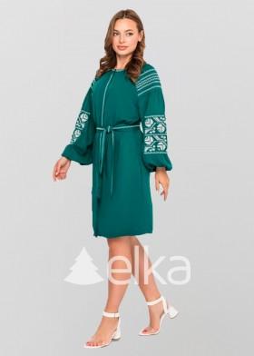 Вышитое платье зеленое