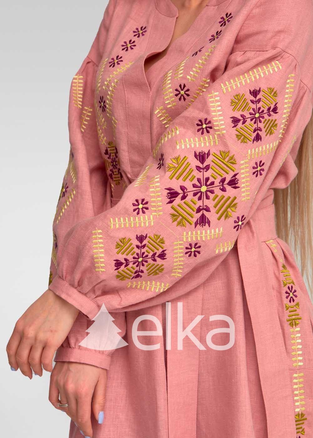Платье вышиванка Амарант розовый