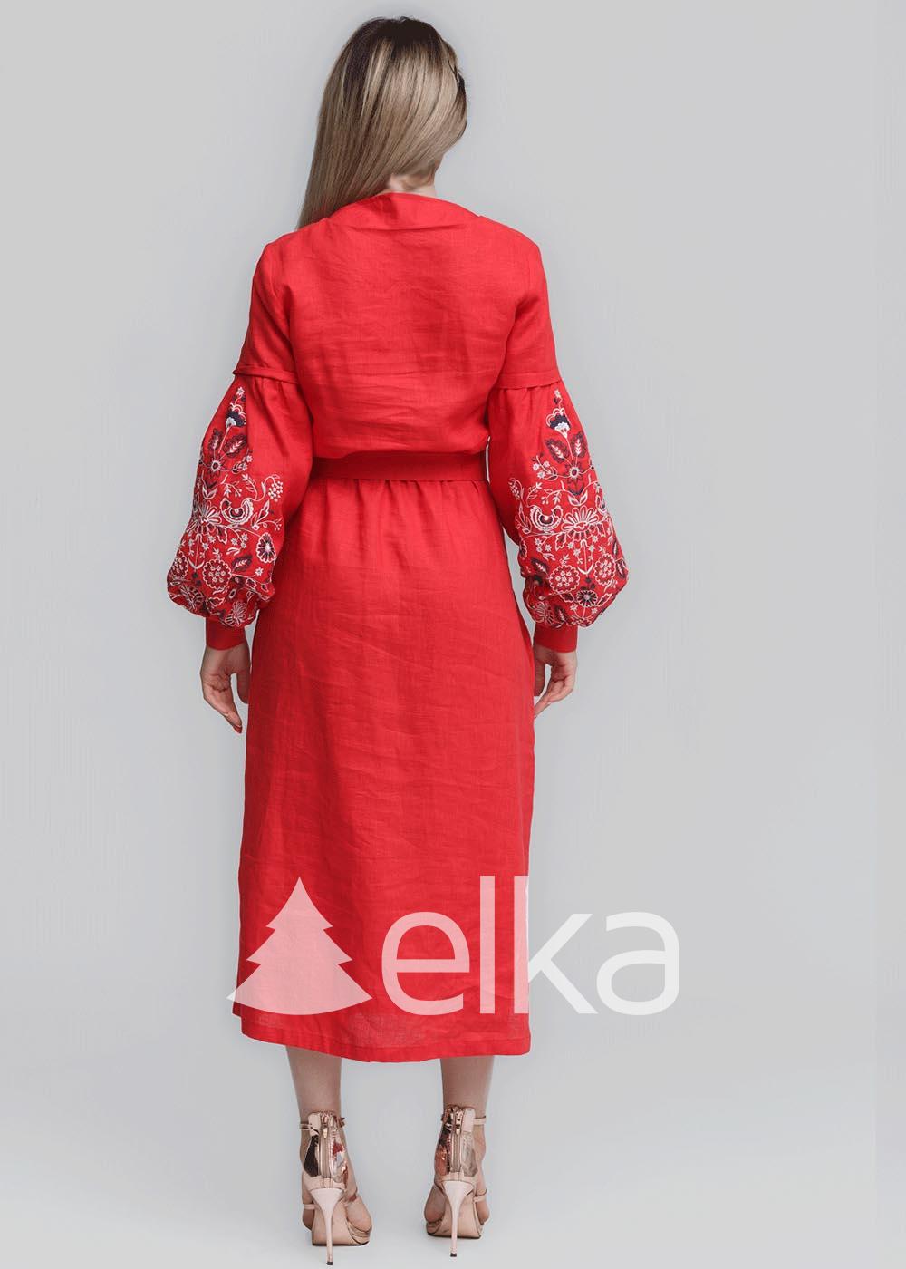 Платье вышиванка коралловое