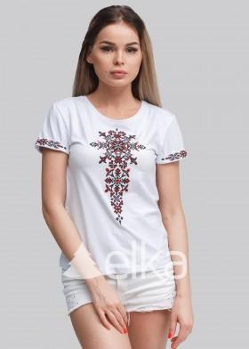 Вышитая женская футболка Оберег