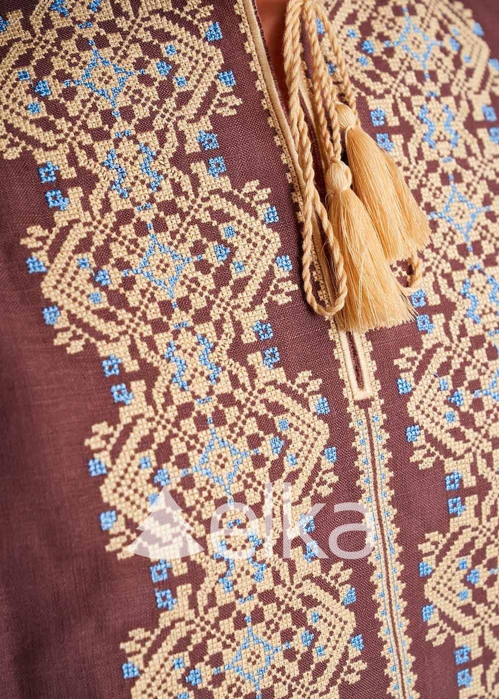 Мужская вышиванка коричневая