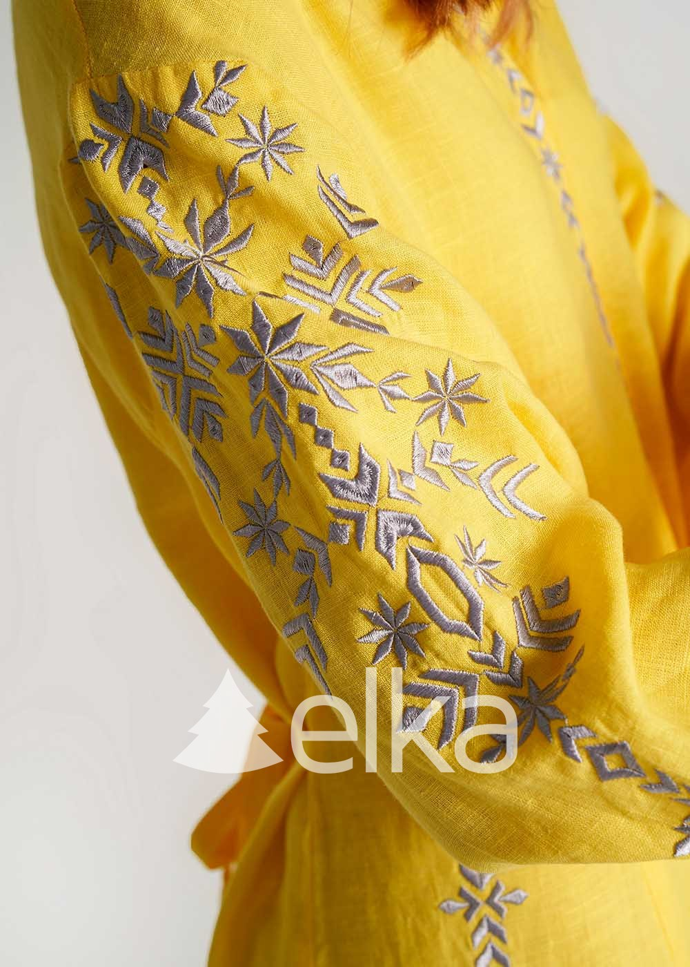 Платье вышиванка желтое