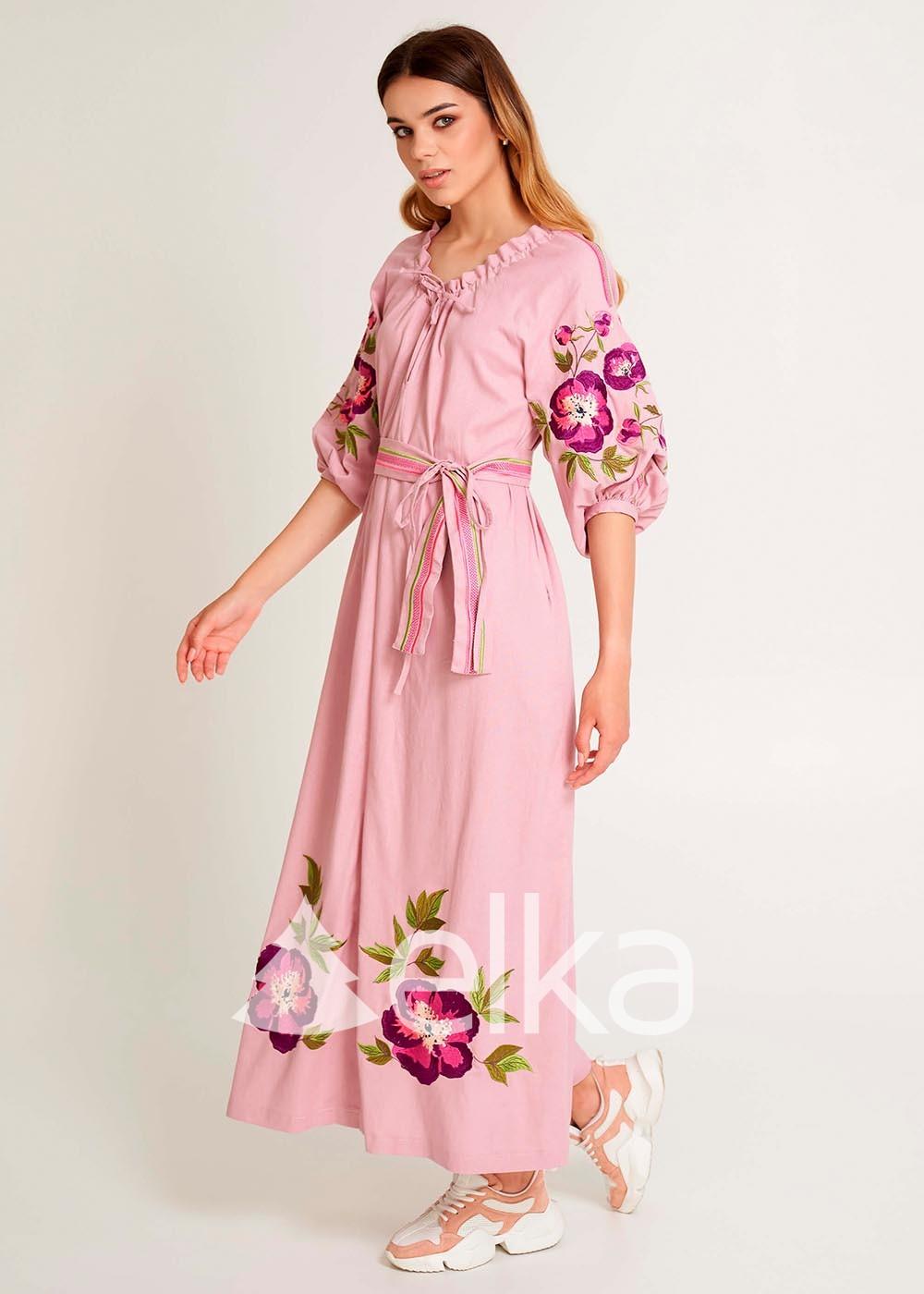 Стильные платье вышиванки