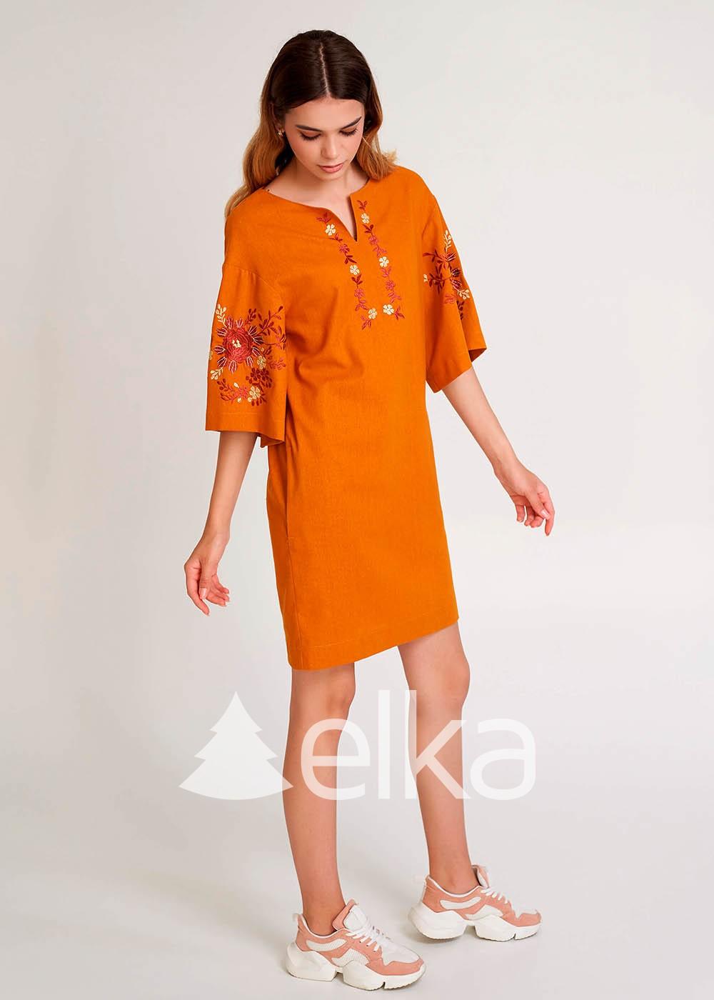 Платья вышиванки современные