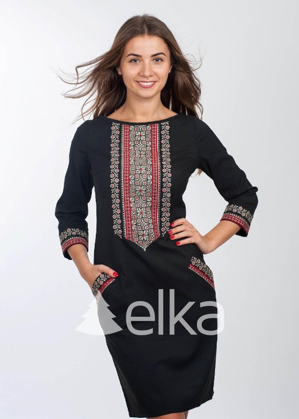 Платье вышиванка черное