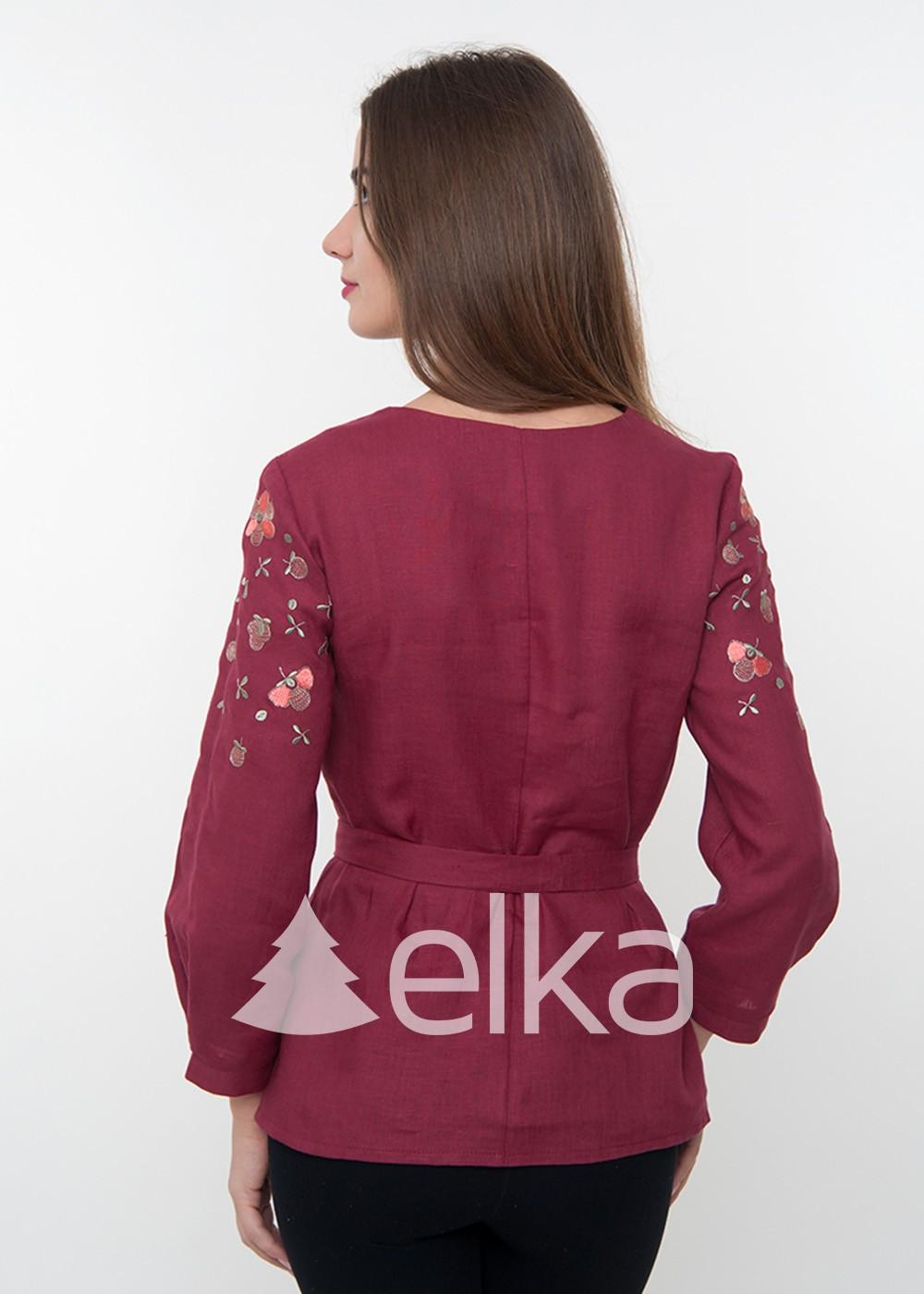 Женская вышиванка бордовая