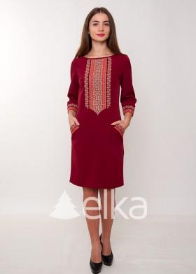 Платье вышиванка бордовое