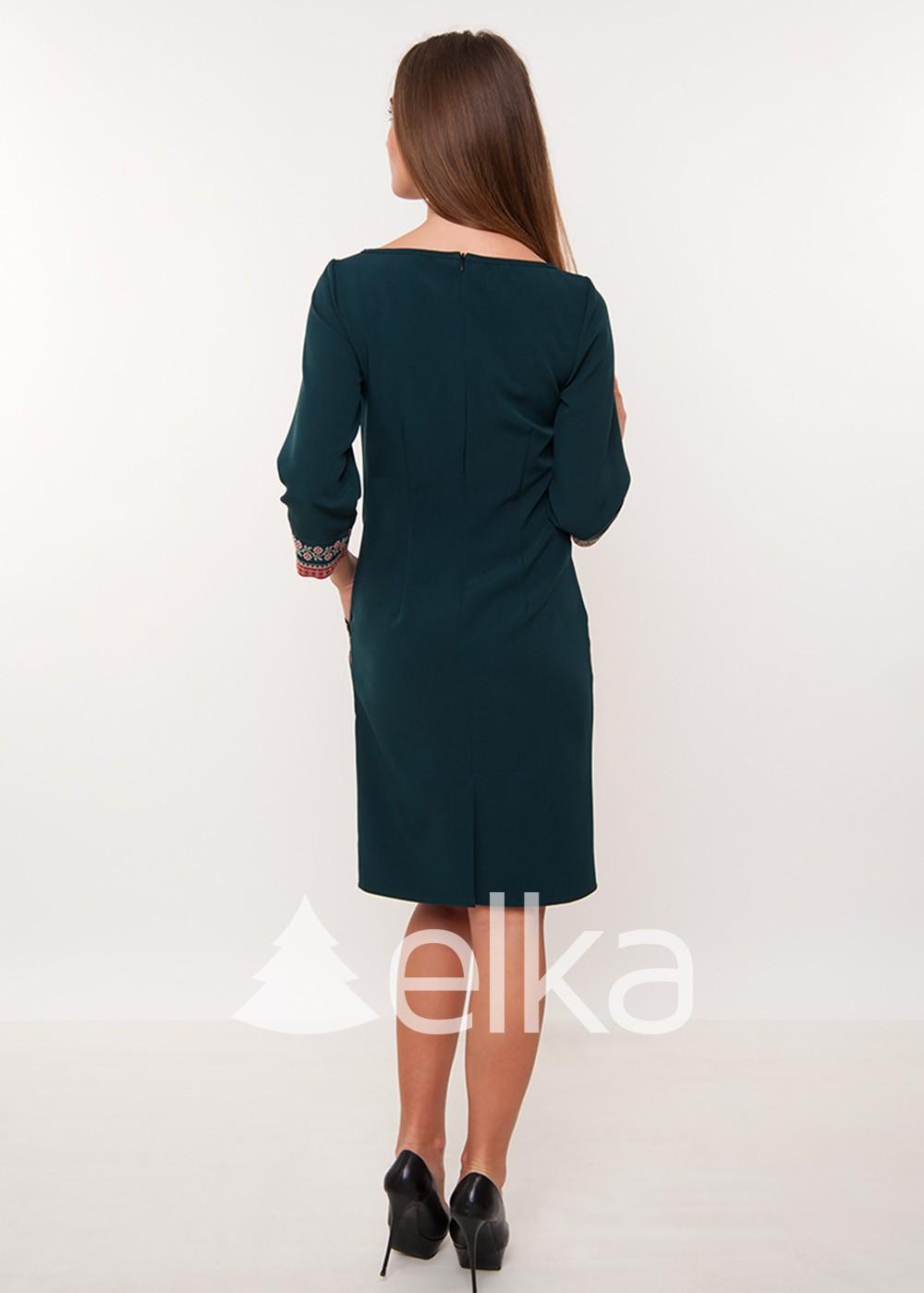 Зеленое платье вышиванка