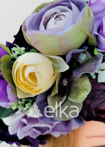 Венок украинский из фиолетовых роз