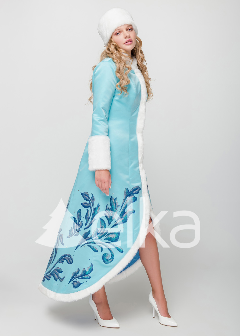 Костюм Снегурочки со шлейфом